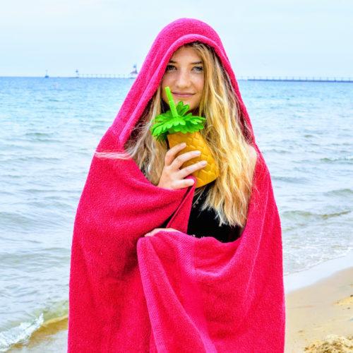 hooded towel in pink